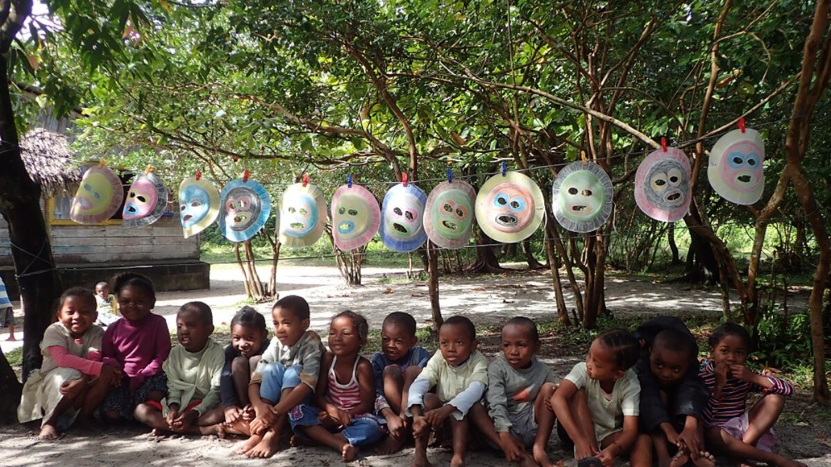 Premières actions d'éducation à la nature dans les écoles de Manompana (Madagascar) soutenues par feralis