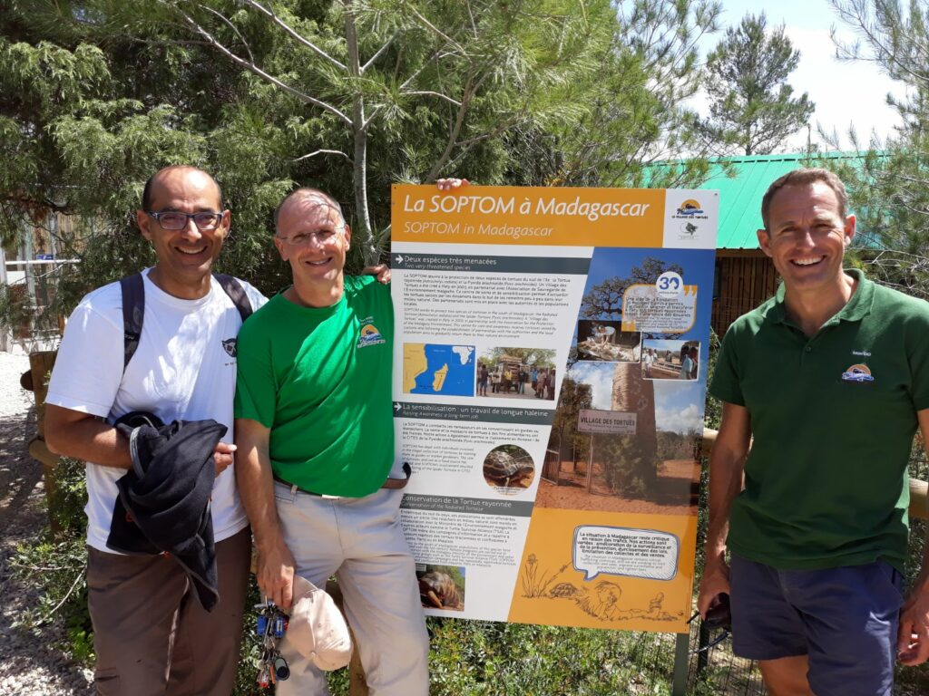 Alain Moussu, Franck Bonin et Antoine Cadi pour les tortues de Madagascar Photo Univet Nature